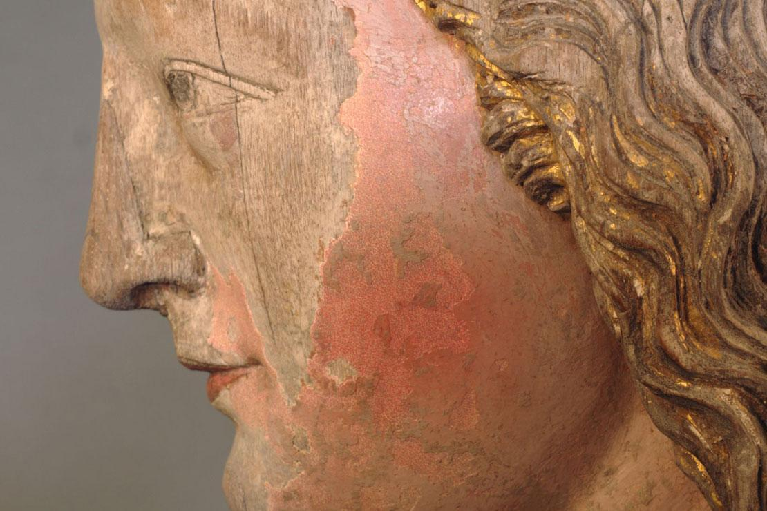 Detail of Mary's head with carefully retouched with leftover paint. Image: Staatliche Schlösser und Gärten Baden-Württemberg, credit unknown