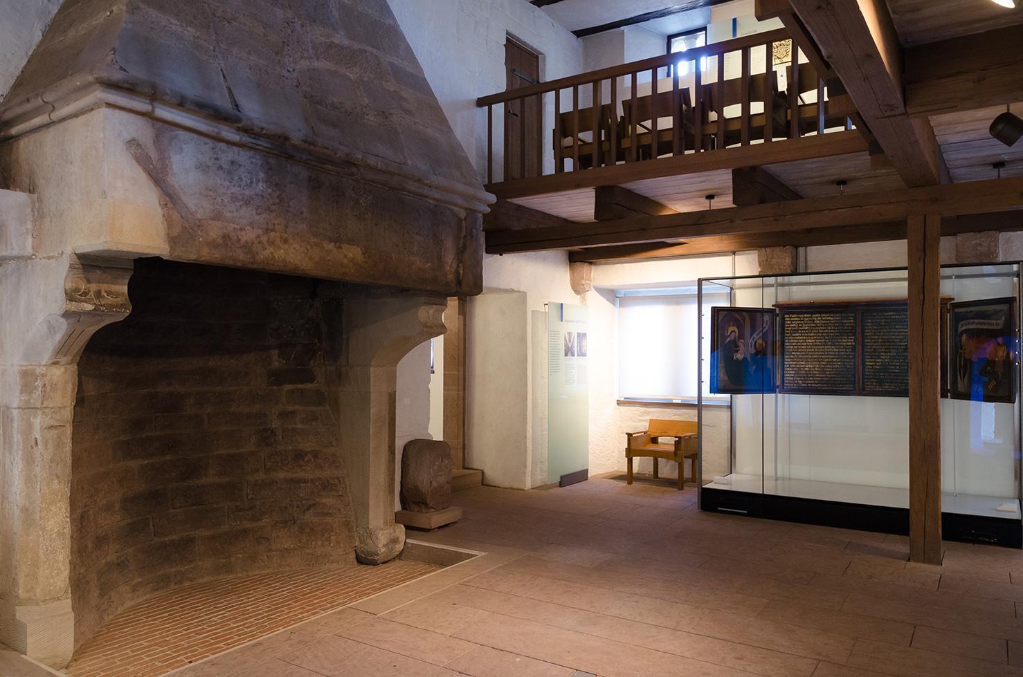 Kloster Maulbronn, der Kamin im Frühmesserhaus; Foto: Staatliche Schlösser und Gärten Baden-Württemberg, Julia Haseloff.