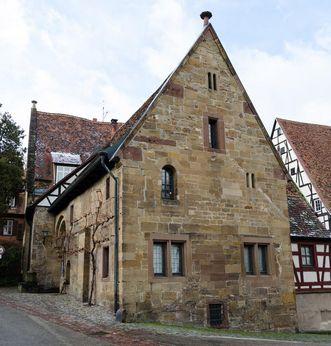 Außenansicht des Frühmesserhauses des Klosters Maulbronn; Foto: Staatliche Schlösser und Gärten Baden-Württemberg, Julia Haseloff