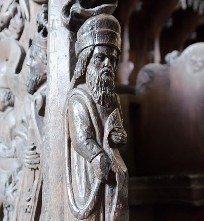 Detail on the choir stalls in the monks' choir at Maulbronn Monastery. Image: Staatliche Schlösser und Gärten Baden-Württemberg, Julia Haseloff